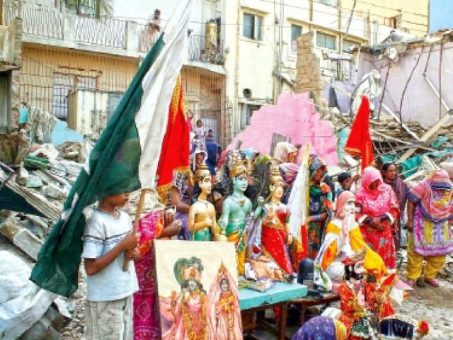 Weekly Hindu Persecution Digest: 25 August 2014 — 31 August 2014