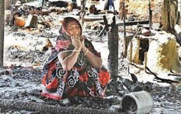 Twenty eight Hindu families kept captive in Bangladesh by Muslim militants