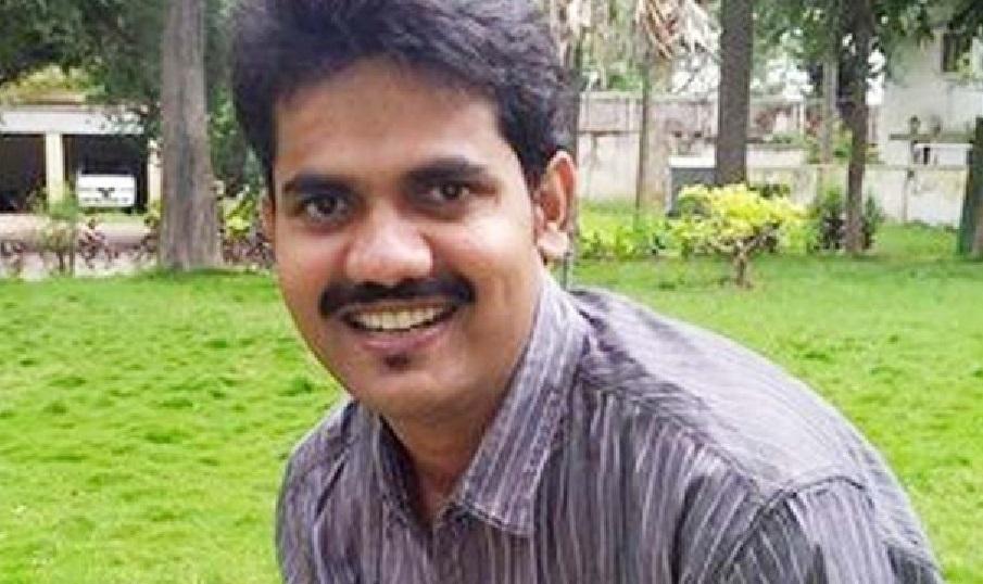 Refer DK Ravi's investigation to the CBI