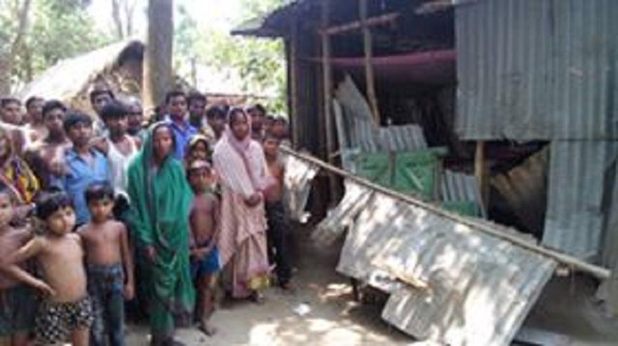 Hindu village under attack in Lalmonirhat of Bangladesh