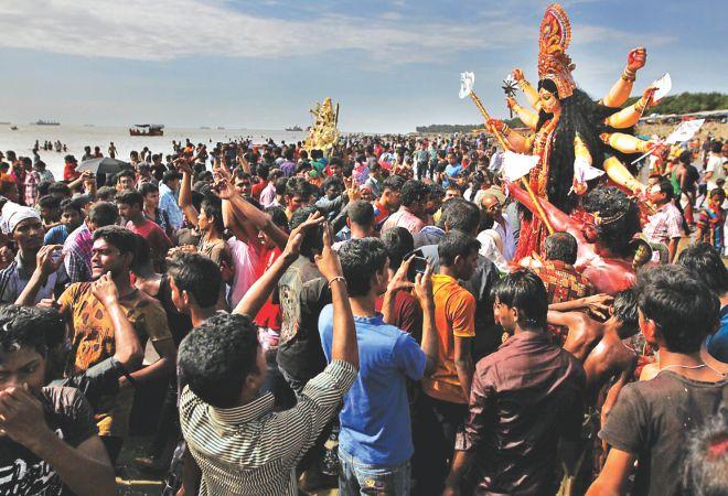 Contemporary challenges facing Hindu society