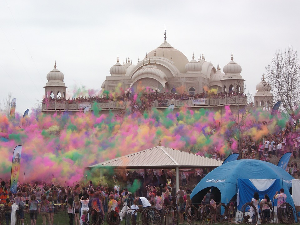 How castiest readings of Holi trivializes the festival