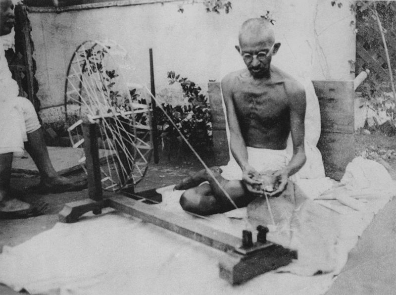 A Daoist Interpretation of Gandhian Thought and Dharma