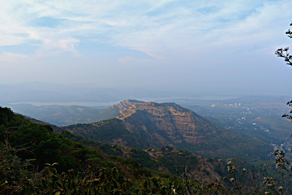Sinhgad: The Astonishing Escalade of Tanaji and His 300 Marathas