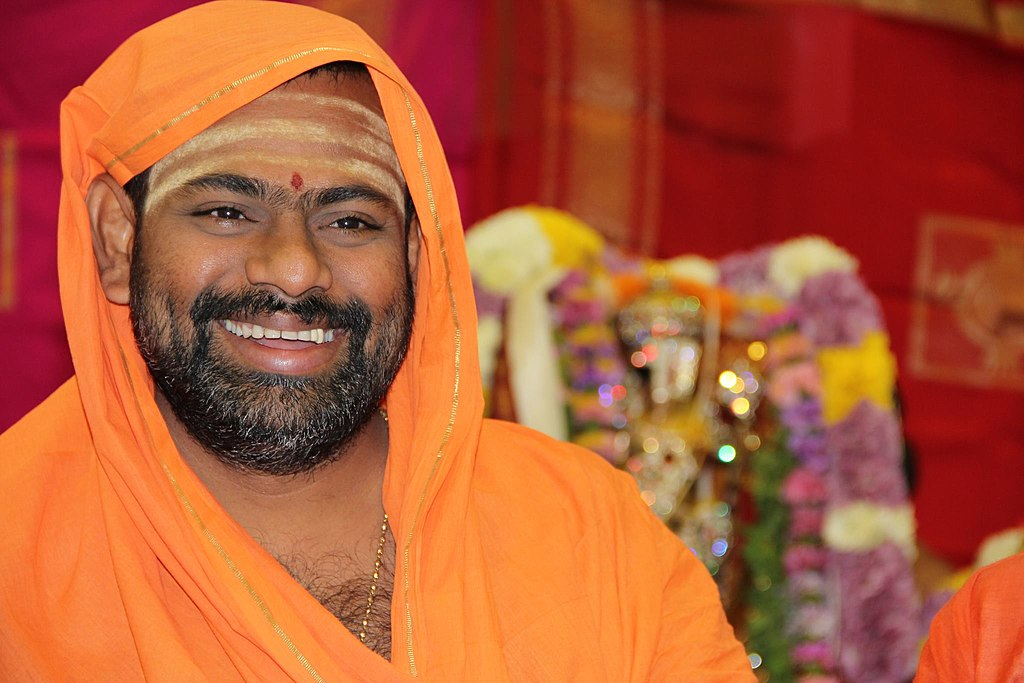 Externment from Hyderabad of Swami Paripoornananda is grave injustice upon Hindus: Dr. Omendra Ratnu
