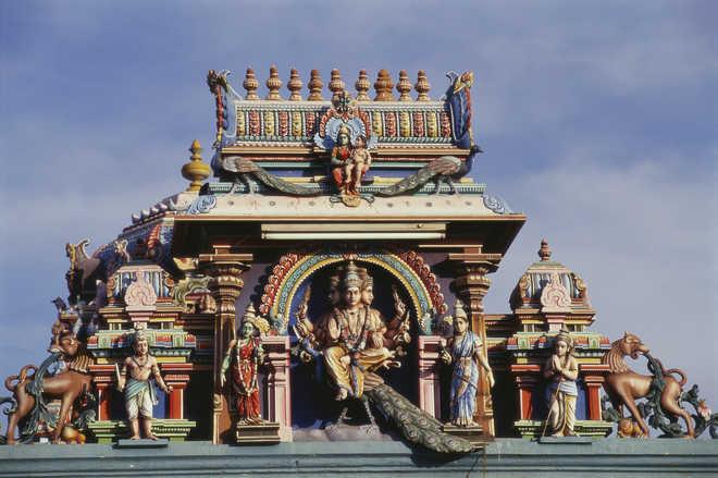 Indian Polytheists versus Global Monotheists-1