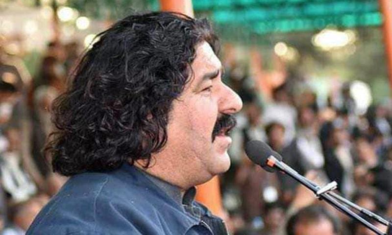 अली वज़ीर- जो अपने परिवार के 16 सदस्यों को खोकर पाकिस्तान आर्मी से लड़ रहा है