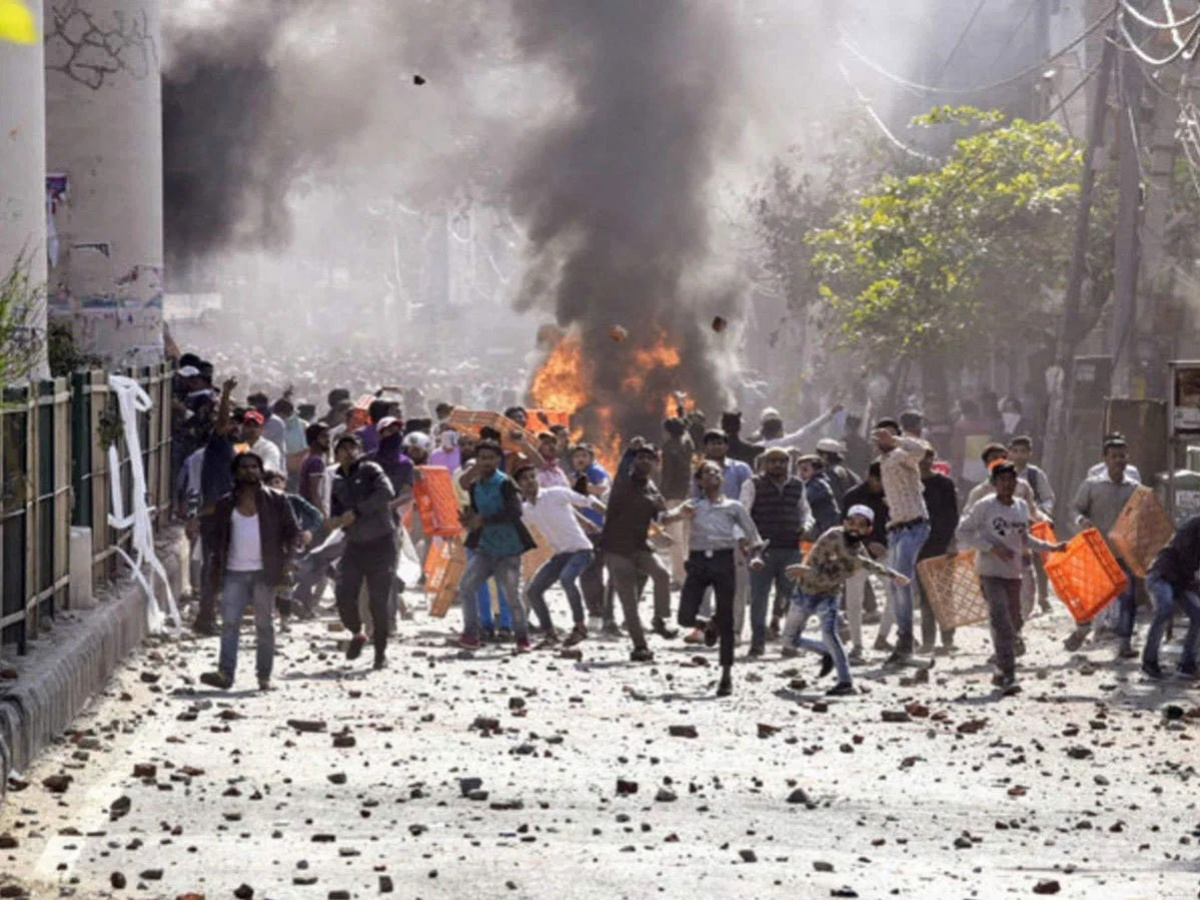 Delhi Riots – Time for Hindus to come out of their complacency