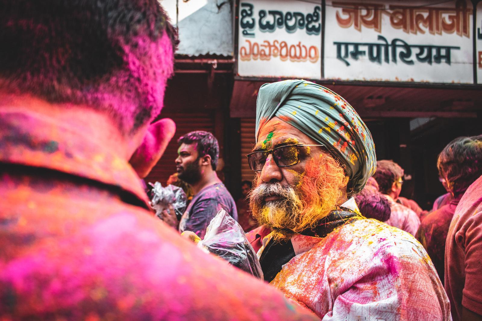 The Unity of Indic Religions (III) – Sikhism: Bhakti, Shakti, and Seva